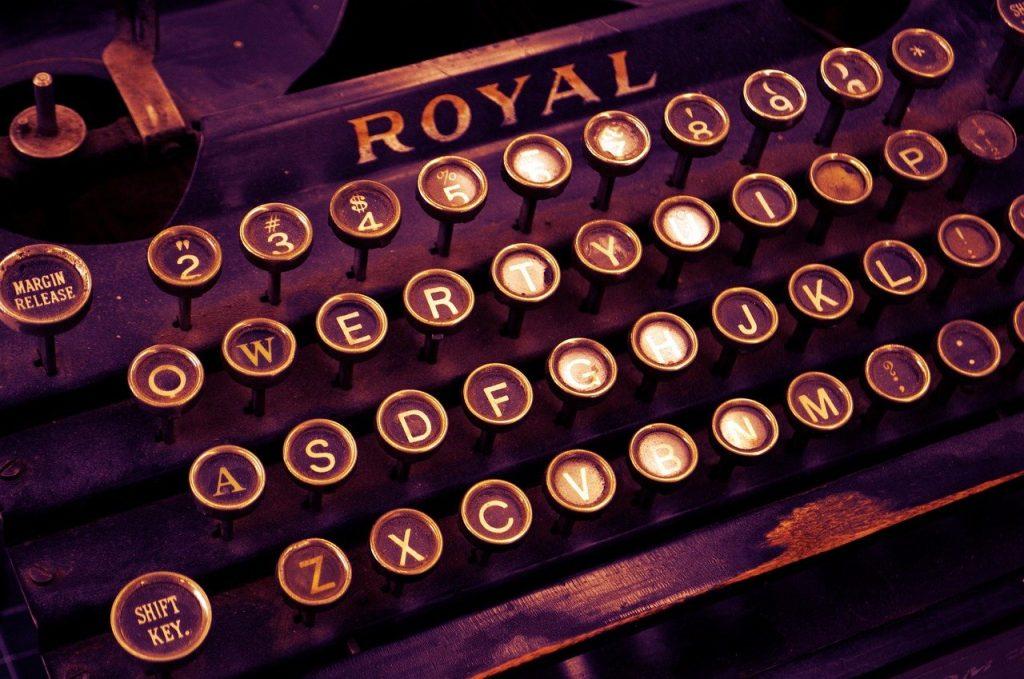 typewriter, vintage, write-1170657.jpg